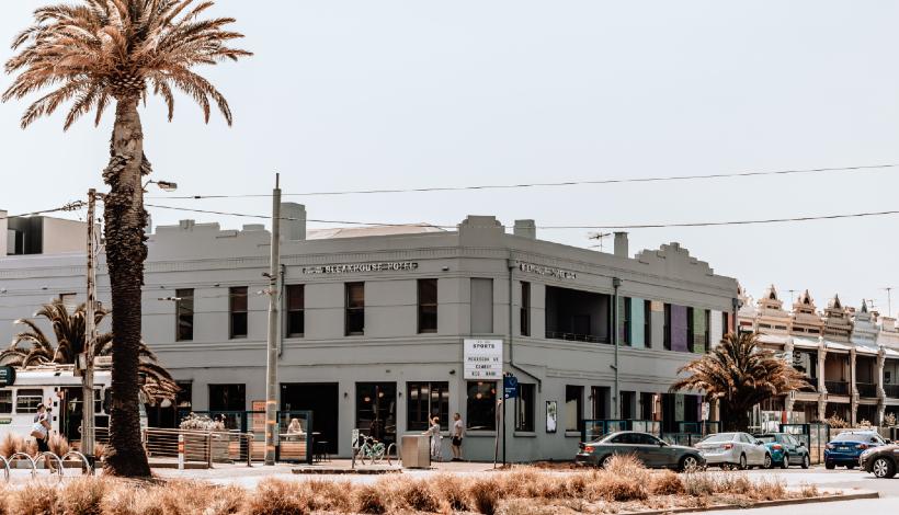 Bleakhouse Hotel   Pub, Restaurant, Beer Garden, Albert Park Melbourne